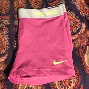 Short Nike Pros